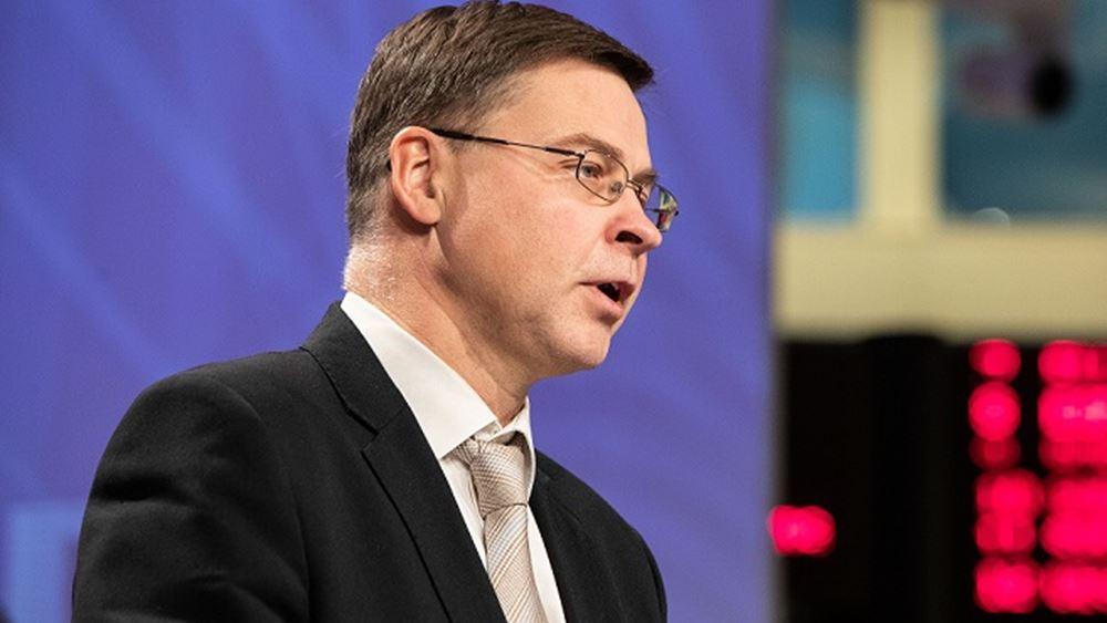 Ντομπρόβσκις: Τι θα κρίνει την αναπροσαρμογή των στόχων για τα πλεονάσματα