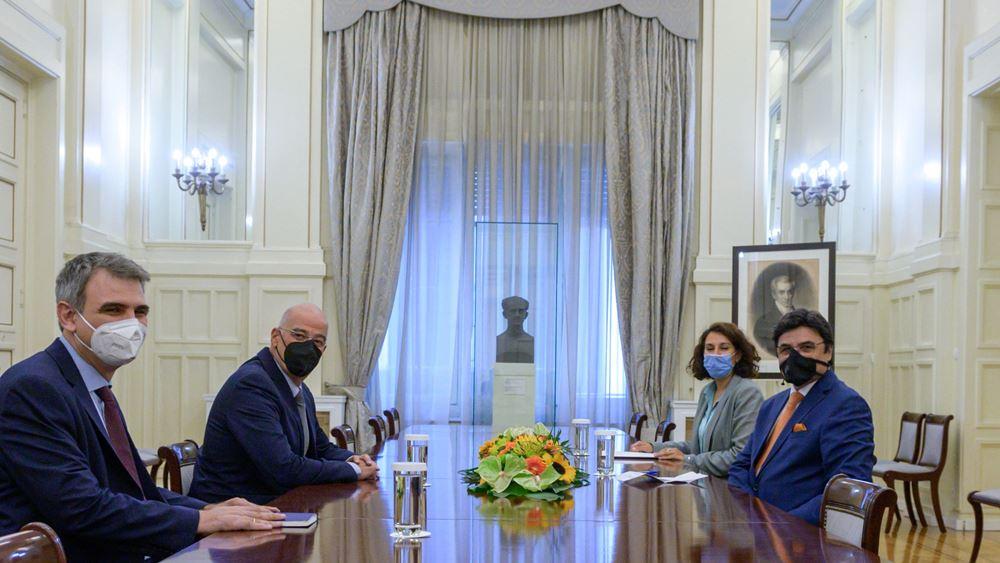 Συνάντηση Ν. Δένδια με τον πρέσβη των Ηνωμένων Αραβικών Εμιράτων