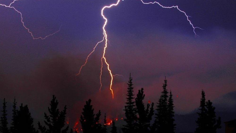 Εστίες πυρκαγιάς από κεραυνούς στον Δήμο Αχαρνών