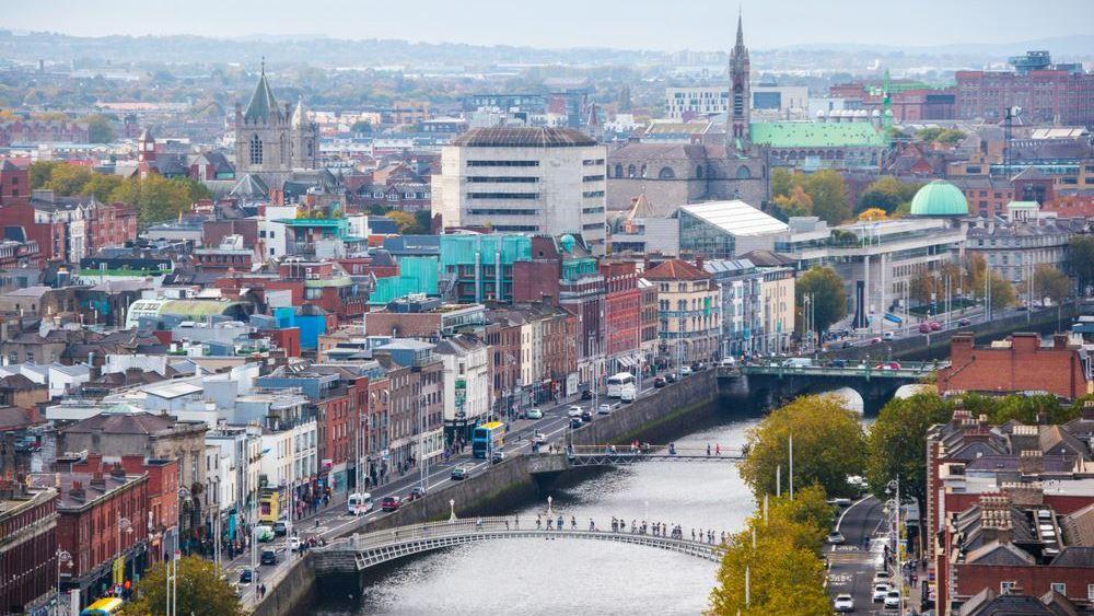 Ποιος απειλεί τον εταιρικό φορολογικό συντελεστή 12,5% της Ιρλανδίας
