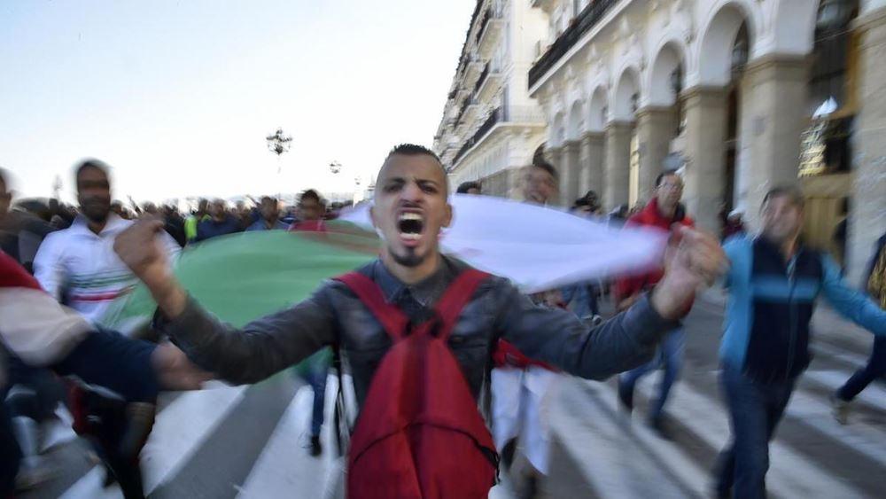 """Η Ουάσινγκτον στηρίζει το δικαίωμα των Αλγερινών να """"εκφράζουν ειρηνικά τις απόψεις τους"""""""