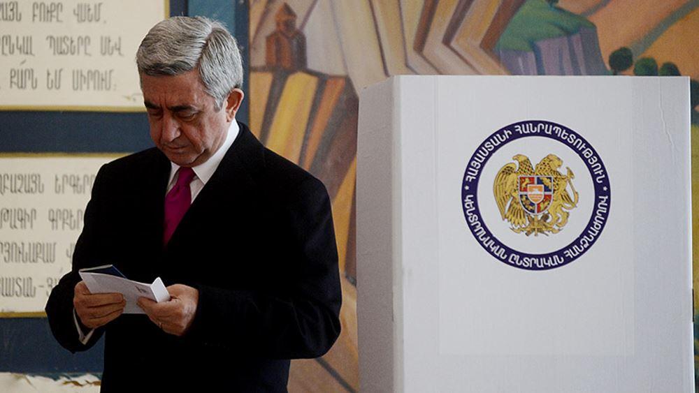 Αρμενία: Άνοιξαν οι κάλπες για τις πρόωρες εκλογές