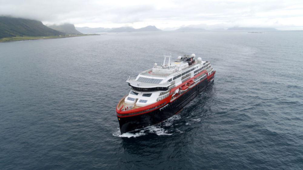 Η νορβηγική Hurtigruten σταματά τις κρουαζιέρες μετά τα κρούσματα Covid-19 σε ένα από τα πλοία της