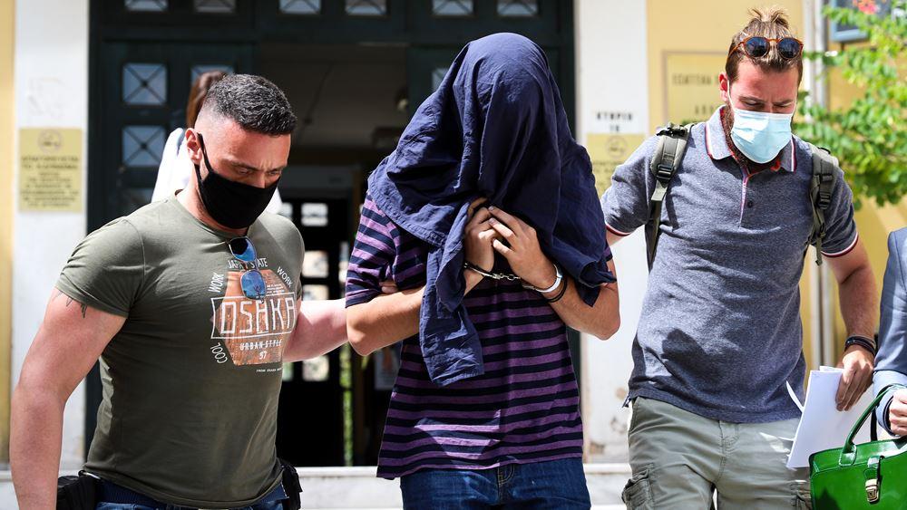 Νέα δικογραφία: Για απόπειρα βιασμού θα δώσει εξηγήσεις ο 22χρονος επιδειξίας της Νέας Σμύρνης