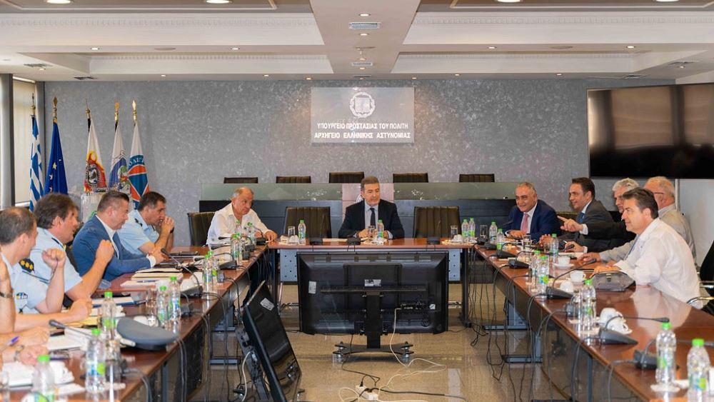 Χρυσοχοΐδης: Άμεσα αποτελέσματα σε ασφάλεια και παρεμπόριο, σε συνεργασία με ΕΕΑ και φορείς