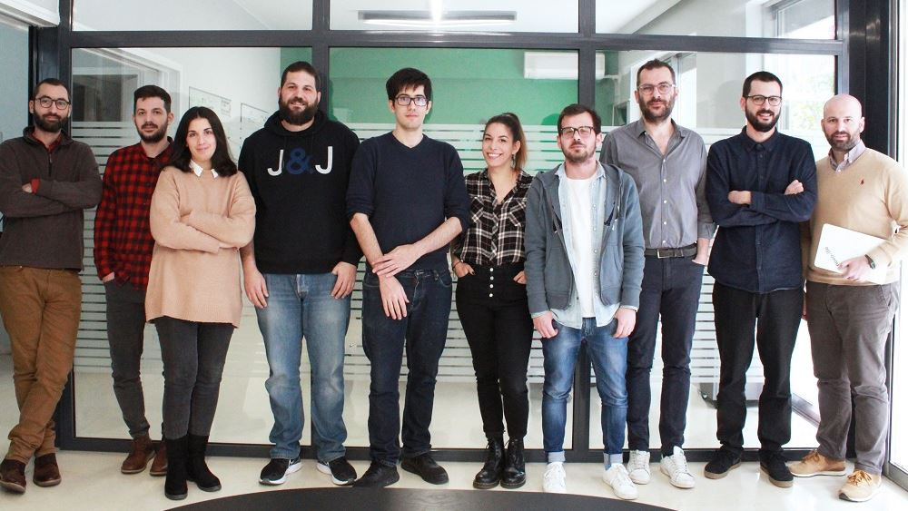 Η ψηφιακή λύση της ελληνικής Novoville επιλέχθηκε από τη Βρετανία για την καταπολέμηση του κορονοϊού