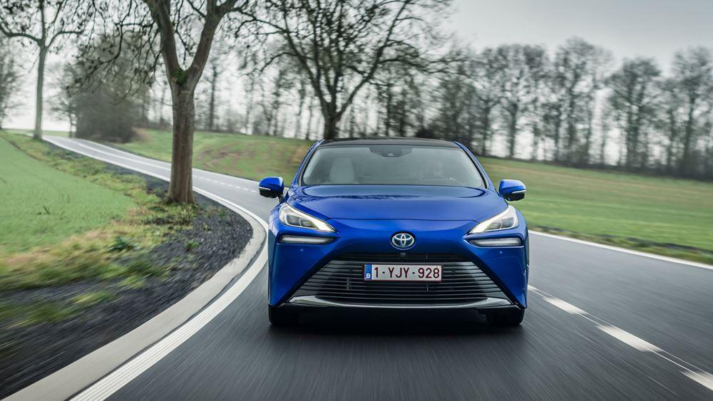 Toyota Mirai: Παγκόσμιο ρεκόρ αυτονομίας με καύσιμο το υδρογόνο