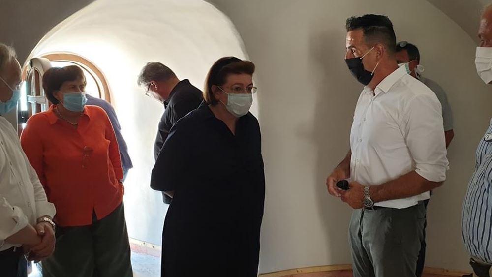 Στο Ναύπλιο η Λ. Μενδώνη- Επιστρέφει η λαιμητόμος στο Μπούρτζι