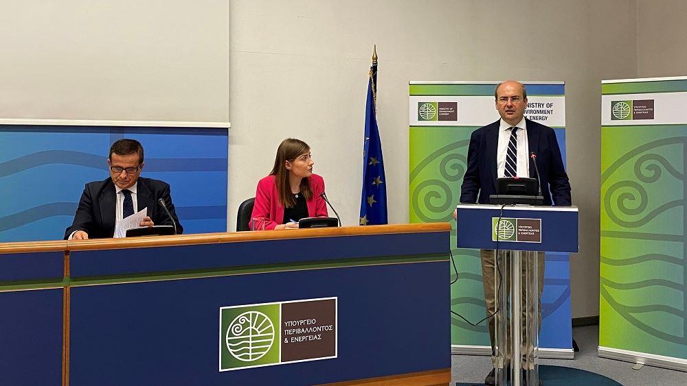 «Ρήτρα κλιματικής αλλαγής σε όλα τα νομοσχέδια» προανήγγειλε ο Κ. Χατζηδάκης