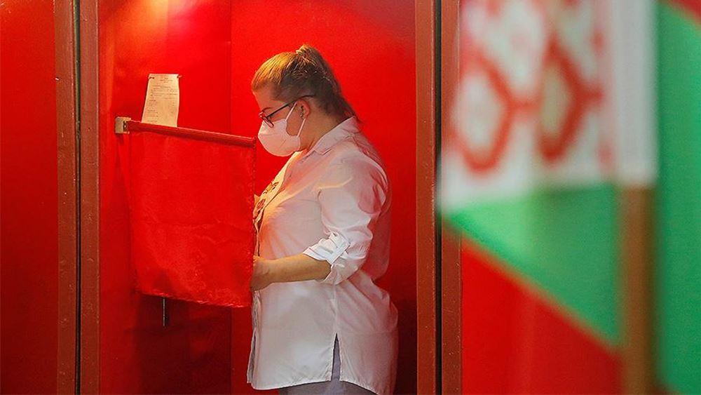 Λευκορωσία: Τουλάχιστον ένας νεκρός και δεκάδες τραυματίες σε συγκρούσεις μεταξύ αστυνομίας και διαδηλωτών