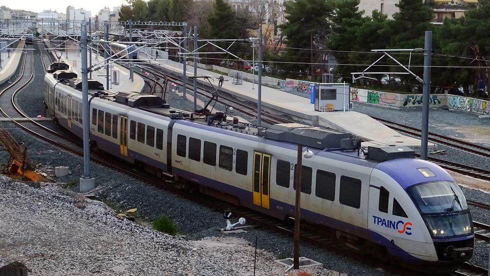 Στάσεις εργασίας και απεργία σε τρένα και Προαστιακό