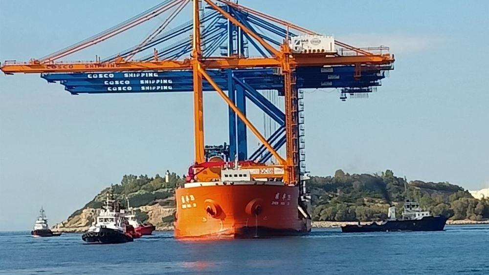 Στον Πειραιά τέσσερις υπερσύγχρονες γερανογέφυρες