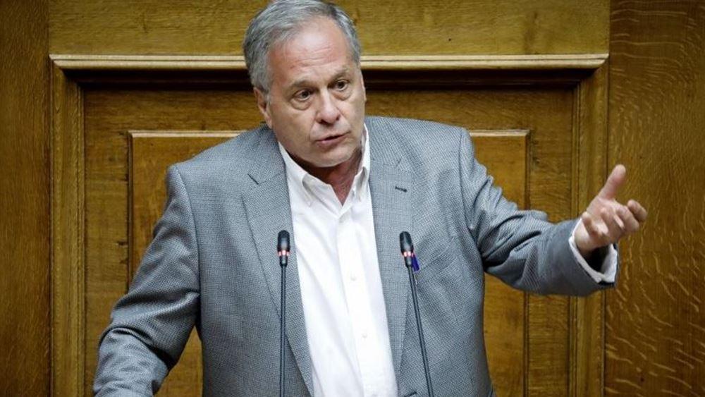 """Βουλευτής ΣΥΡΙΖΑ για τον """"τοξοβόλο"""": Σιγά τον εγκληματία!"""