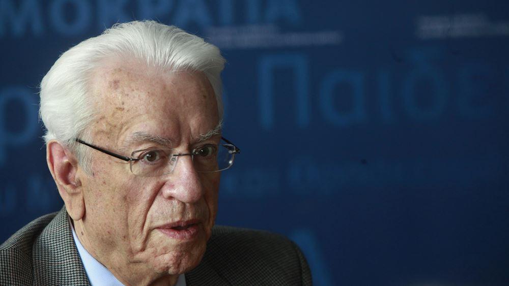 Παραίτηση με αιχμές κατά Παππά από τον πρόεδρο του Διαστημικού Οργανισμού