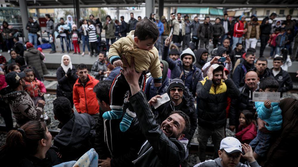 """Μεταναστευτική κρίση στη Μεσόγειο: 14 ευρωπαϊκές χώρες τάχθηκαν υπέρ του """"μηχανισμού αλληλεγγύης"""" που πρότειναν Γαλλία και Γερμανία"""