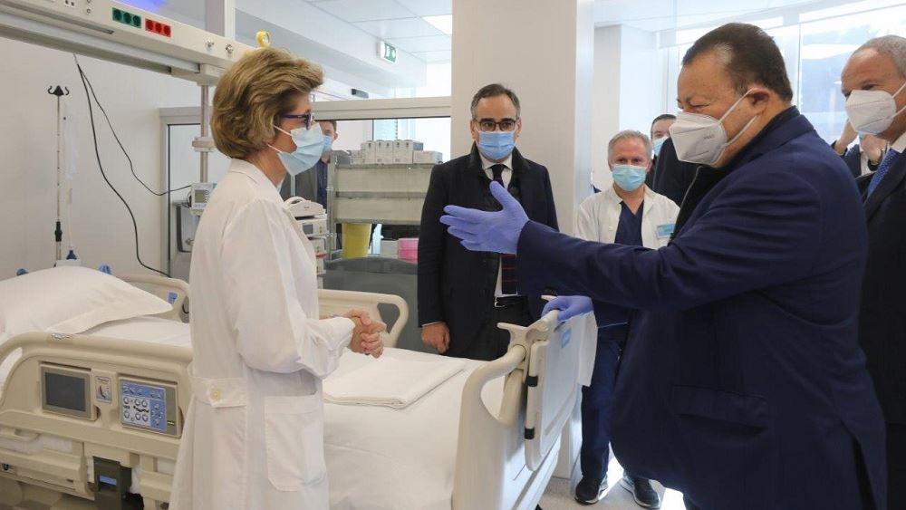 """Δωρεά 5 νέων κλινών ΜΕΘ στο νοσοκομείο """"Σωτηρία"""" από την CCC"""
