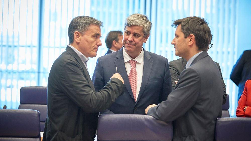 """Συμφωνία για αυστηρή εποπτεία, μικρό """"καλάθι"""" διαθεσίμων και """"απώλεια"""" 25 δισ.δόσεων"""