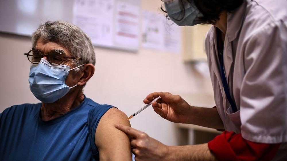 Η ΕΕ φλερτάρει με την καταστροφή στο ζήτημα του εμβολιασμού