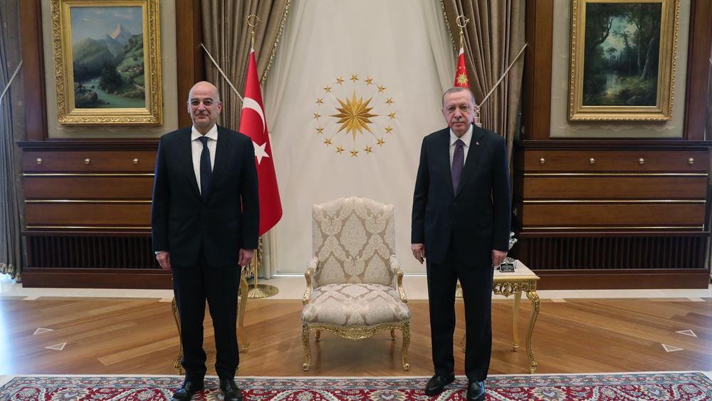Για 45 λεπτά συνομίλησαν Ν. Δένδιας - Ερντογάν στην Άγκυρα