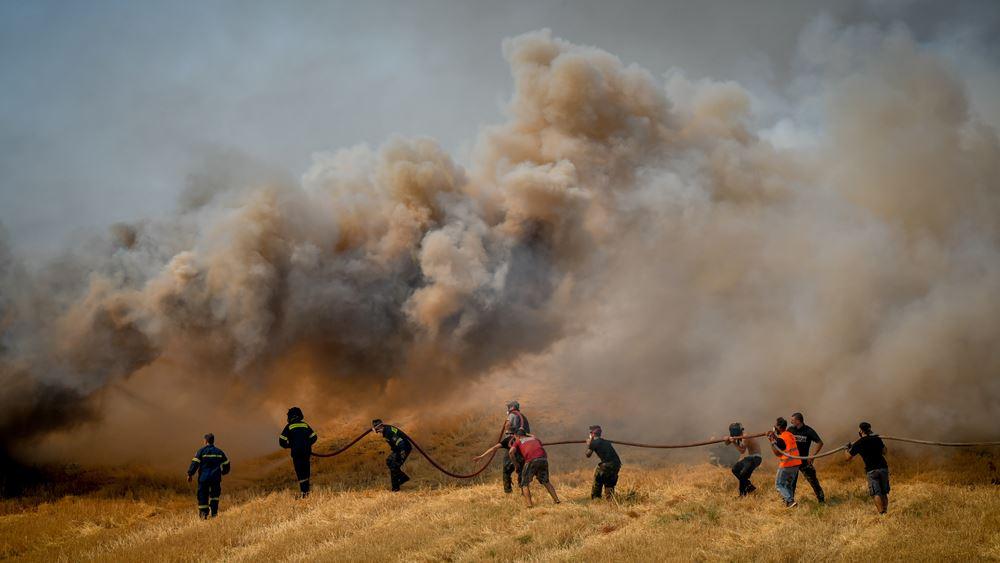 Έως τα Αντικύθηρα και πέρα από αυτά επιβαρύνθηκε η ατμόσφαιρα από τον καπνό των πυρκαγιών