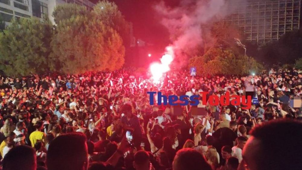 """Θεσσαλονίκη: Τρελό """"κορονοπάρτι"""" για ένα ακόμη βράδυ στο ΑΠΘ"""