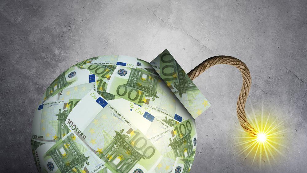 """""""Βόμβα"""" τουλάχιστον 3,4 δισ. ευρώ ετησίως από τα αναδρομικά των συνταξιούχων"""