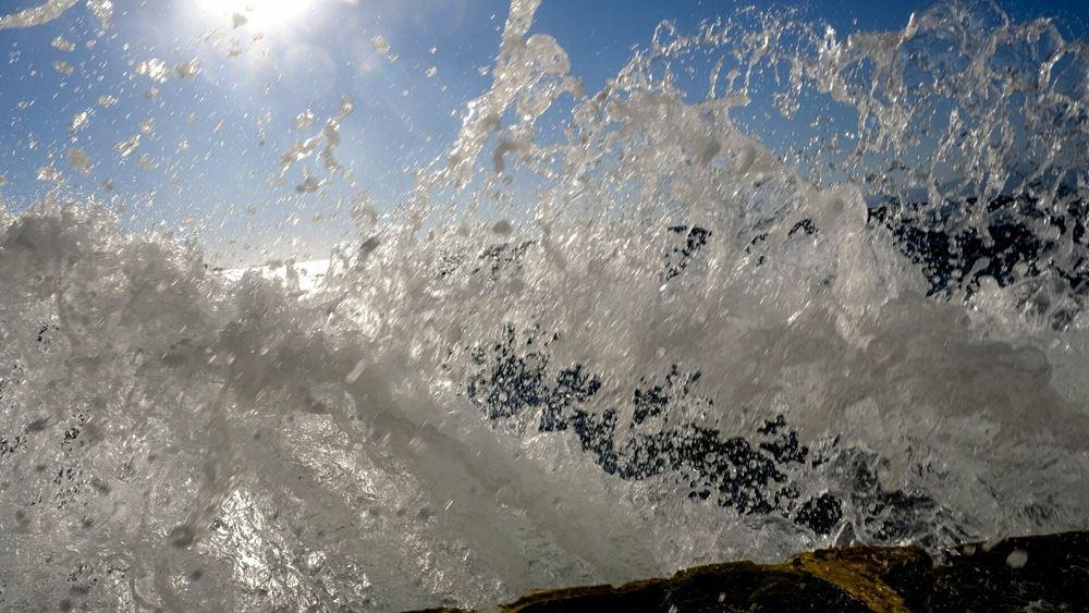 Ο θερμότερος Ιούλιος της δεκαετίας για τα νησιά του Αιγαίου