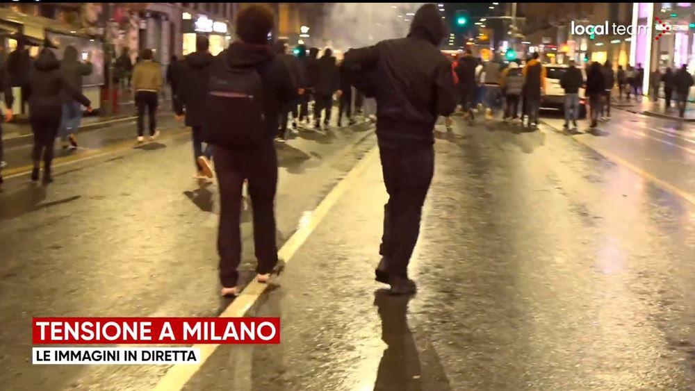 Ένταση σε Τορίνο και Μιλάνο σε διαδηλώσεις κατά των περιορισμών λόγω κορονοϊού