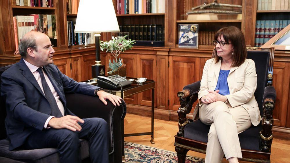 Τον Κ. Χατζηδάκη για το σχέδιο σχετικά με το Μάτι δέχθηκε η Πρόεδρος της Δημοκρατίας