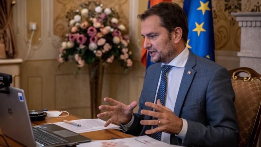 Σλοβακία: Ο πρωθυπουργός Μάτοβιτς βρέθηκε θετικός στην Covid-19