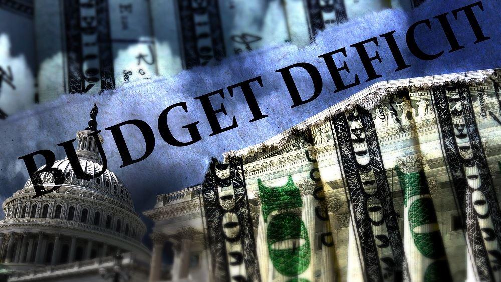 """ΗΠΑ: Στα 3 τρισ. δολάρια """"βλέπει"""" το δημοσιονομικό έλλειμμα για το 2021 το CBO"""