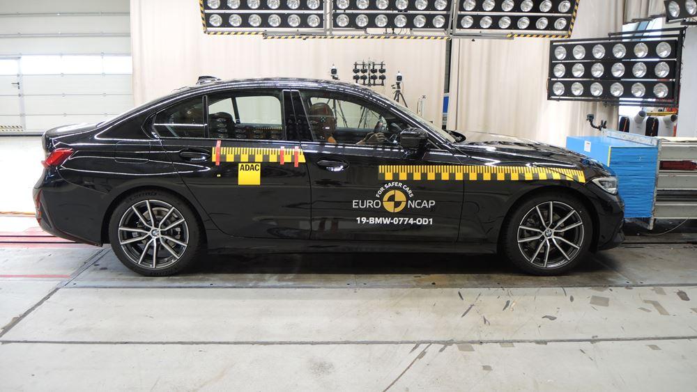 Πέντε αστέρια για τη νέα BMW Σειρά 3