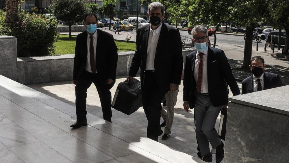 Μήνυση κατέθεσαν τρεις τομεάρχες του ΣΥΡΙΖΑ σε βάρος της Σ.Νικολάου