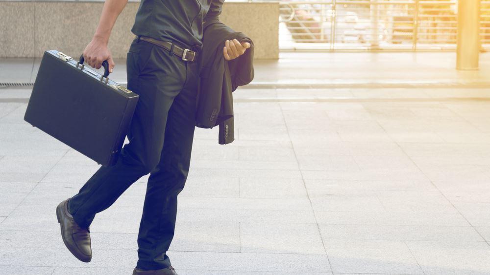 Περπατάτε αργά; Ίσως κινδυνεύετε περισσότερο από COVID-19
