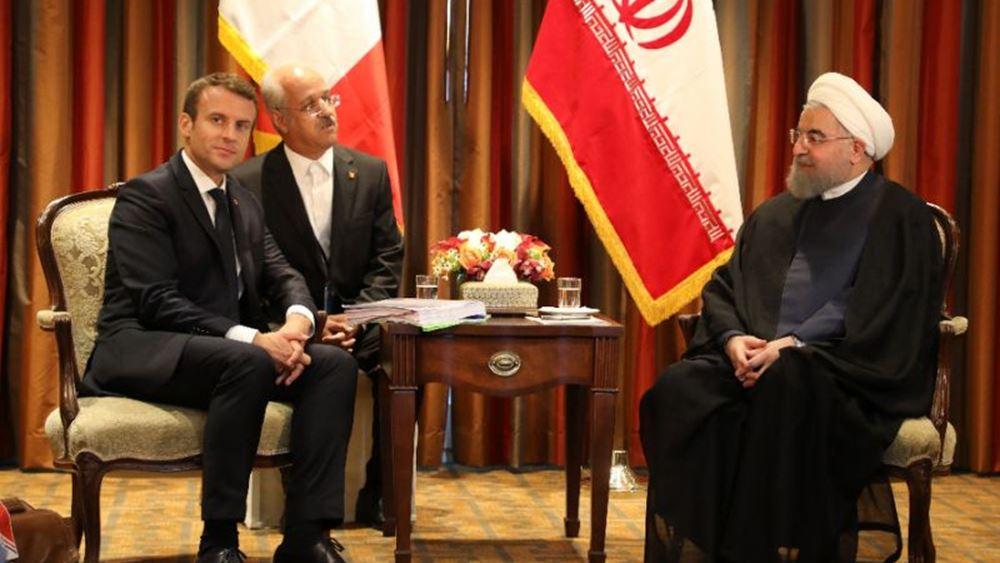 """Μακρόν και Ρουχανί προσπαθούν να """"σώσουν"""" τη συμφωνία για το πυρηνικό πρόγραμμα του Ιράν"""