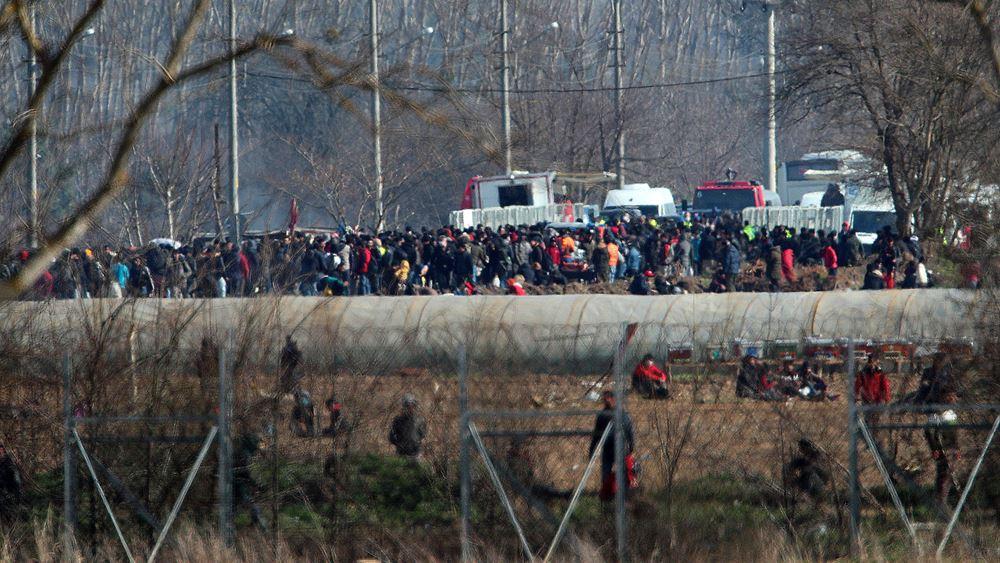 Τουρκικά πυρά στον Έβρο πάνω από ελληνικό τζιπ