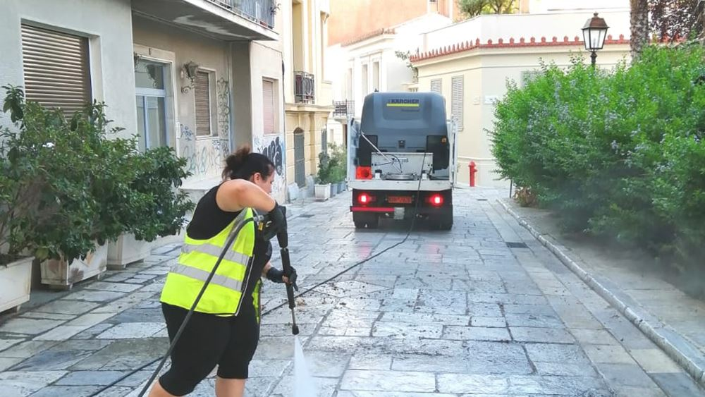 Δράση καθαριότητας-απολύμανσης στον Άγιο Παύλο από τον δήμο Αθηναίων