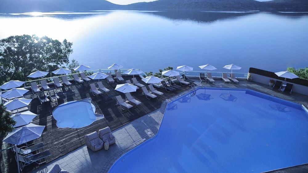 Η Hotel Investment Partners εξαγόρασε το Elounda Blu στην Κρήτη