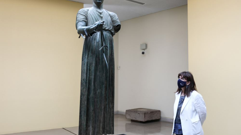 Επίσκεψη της Κατερίνας Σακελλαροπούλου στους Δελφούς
