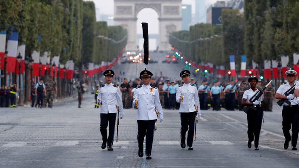 Γαλλία: Με επιβλητική στρατιωτική παρέλαση θα εορταστεί η Ημέρα της Βαστίλης στο Παρίσι