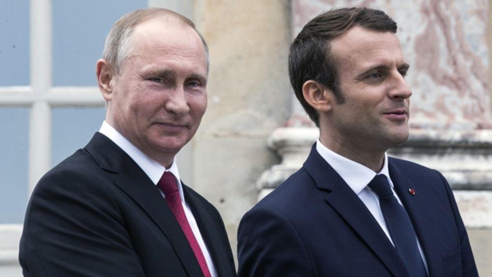 Μακρόν σε Πούτιν: Αναγκαία η διατήρηση των κουρδικών δυνάμεων στη Συρία