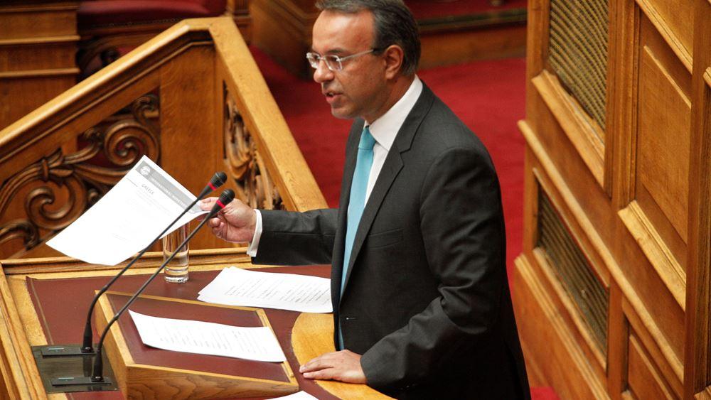 Σταϊκούρας: Το δημόσιο εξακολουθεί να χρωστά 2,6 δισ. ευρώ