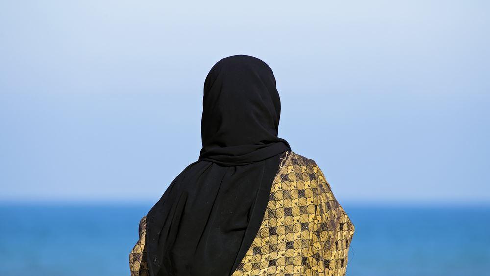 Σαουδική Αραβία: Τέλος οι διαφορετικές είσοδοι για τις γυναίκες στα εστιατόρια της χώρας