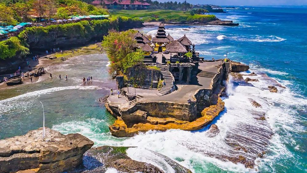 Το Μπαλί δεν θα δεχθεί ξένους τουρίστες πριν από το τέλος του 2020