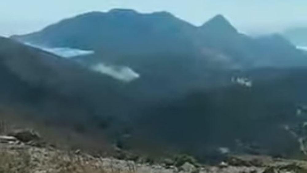 Μεγάλη φωτιά στο Ρέθυμνο - Απομακρύνονται κατασκηνωτές από την Πρέβελη
