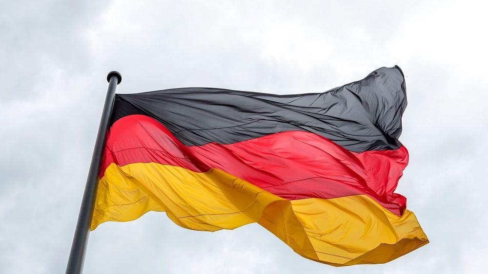 Γερμανία: Οι εταιρείες δεν μπορούν να ρωτούν τους υπαλλήλους τους αν έχουν εμβολιαστεί