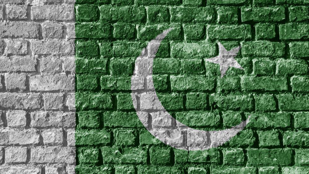 Το Πακιστάν κόβει κατά 80% τις διεθνείς πτήσεις για να περιορίσει την πανδημία του κορονοϊού