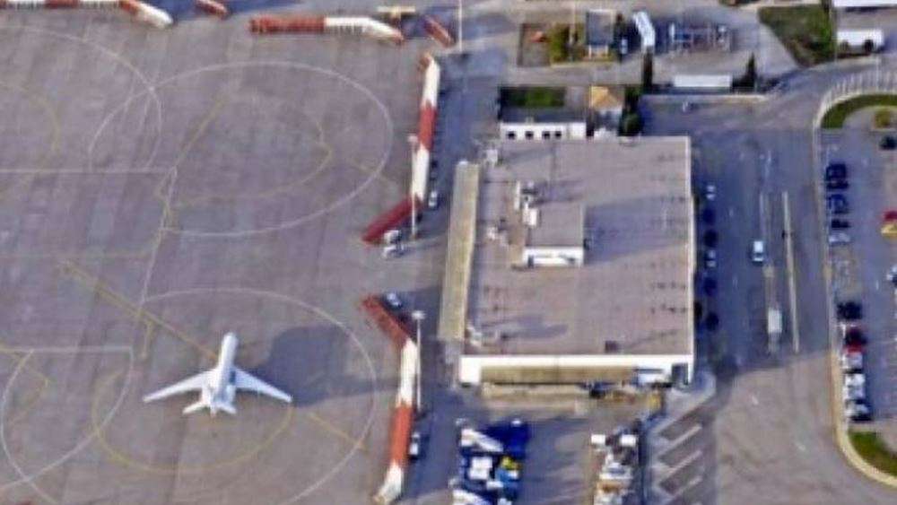 Aναγκαστική προσγείωση αεροσκάφους στο αεροδρόμιο της Κέρκυρας