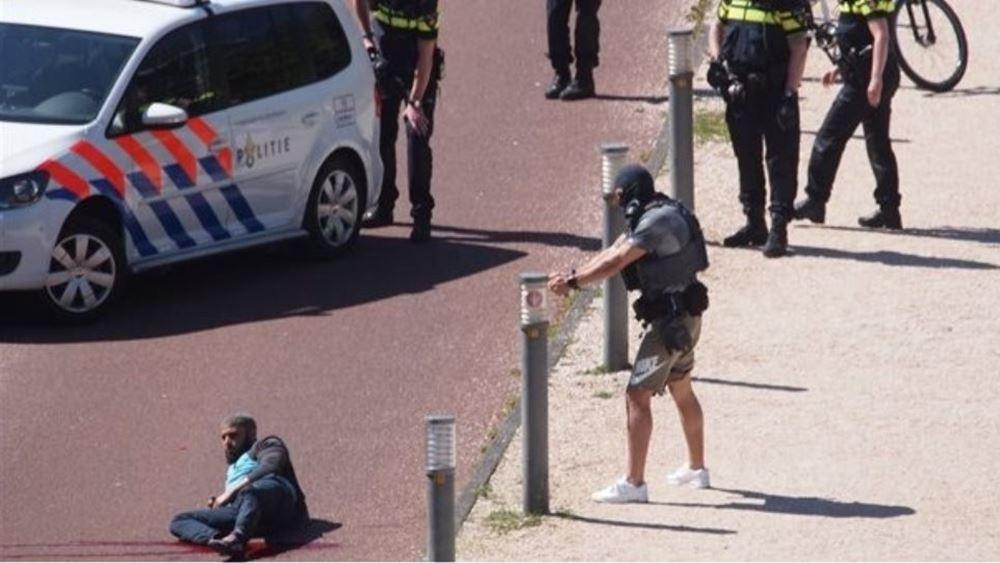 """Ο άνδρας που φέρεται να γάζωσε την πρεσβεία της Σαουδικής Αραβίας στη Χάγη είχε """"τρομοκρατικά"""" κίνητρα"""