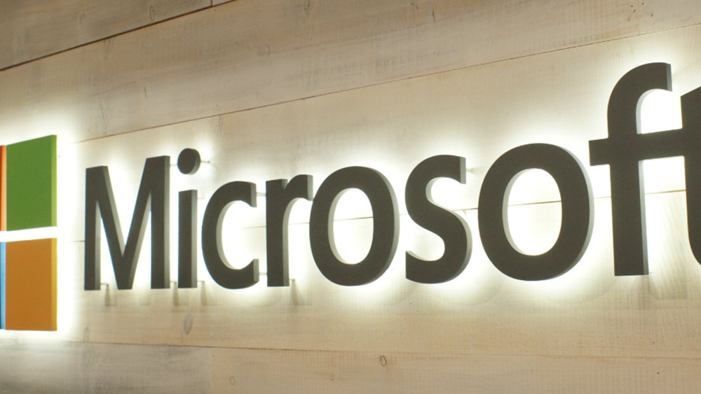 """Αποχωρεί από το """"τιμόνι"""" της Microsoft Ελλάδας, Κύπρου και Μάλτας η Πέγκυ Αντωνάκου"""